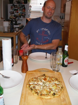 Max & Homemade Pizza