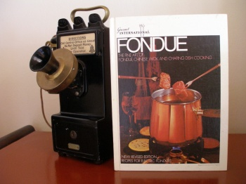 Fondue the Fine Art of Fondue, Chinese Wok and Chafing Dish Cooking
